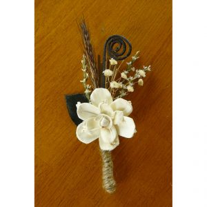 rustic-wood-flower-boutonniere-square