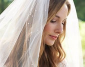 Pearl Bridal Veil, Scattered Pearl Wedding Veil, Tulle Veil, Ivory Veil, Fingertip Veil, Pearl Veil, Pencil Edge Veil, Bride Veil VB5078