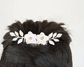 White Magnolia and Silver Brass Leaf Branches Hair Comb, Floral Wedding Hair Comb, Bridal Hair Piece, White and Gold Flower Comb